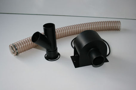 Device for blowing pellet burners